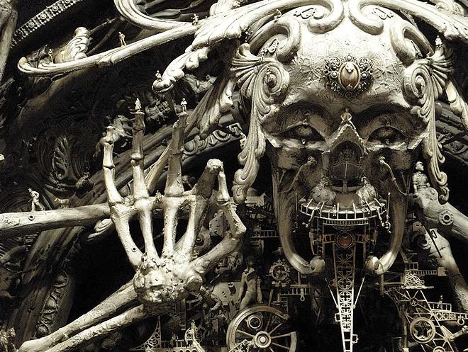 "Kris Kuksi, ""A New Divinity"", 2007, particolare"