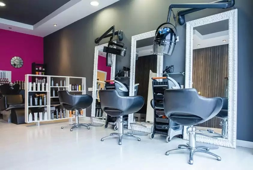Salon Business Mistakes That Hurt Your Bottom Line