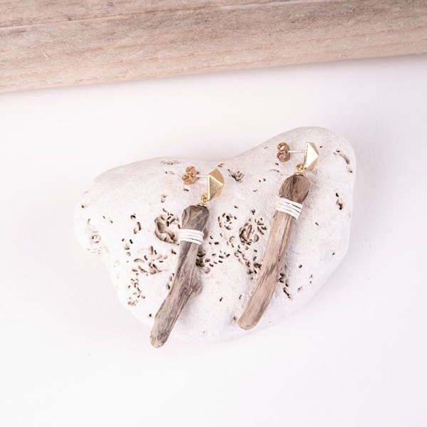 short driftwood earrings gold