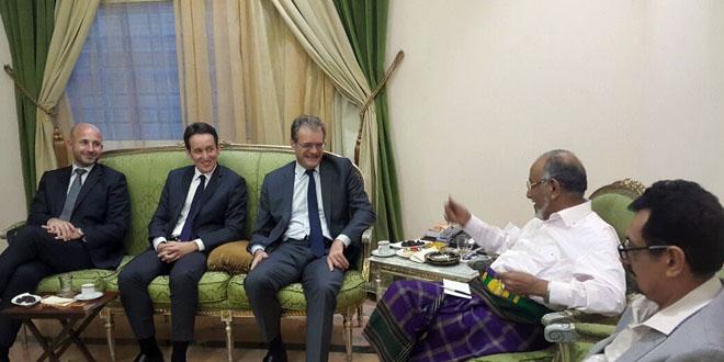 رئيس حزب الرابطة يلتقي السفير الفرنسي