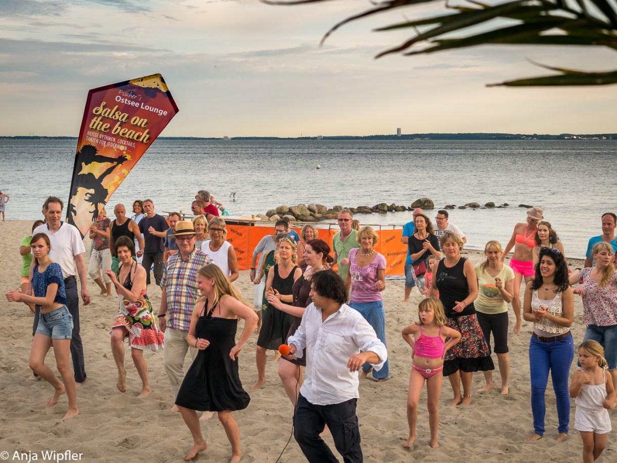 23.07.2016 Salsa am Strand in Neustadt