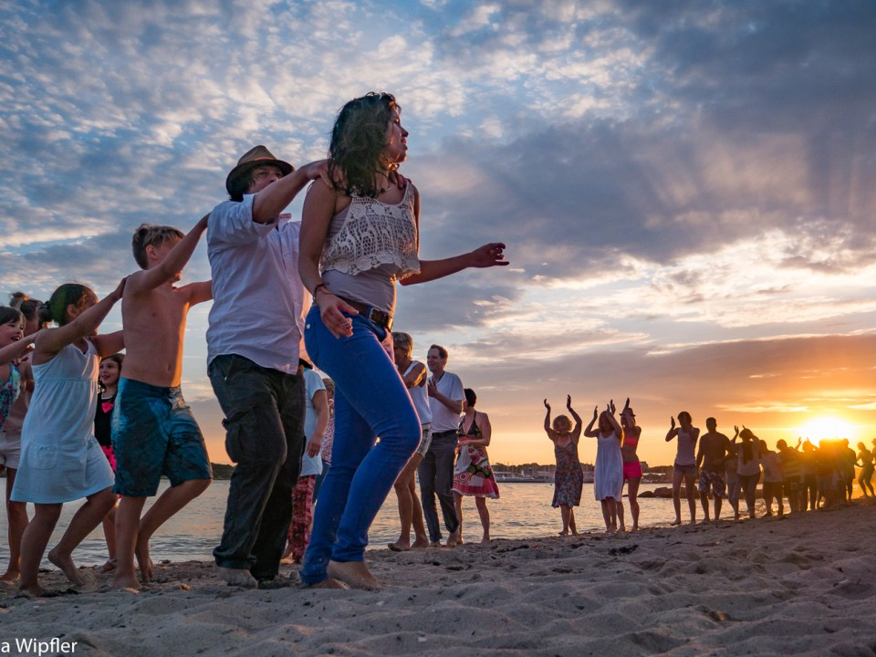 23.07.2016 Salsa am Strand in Neustadt - Dancing in sunrise