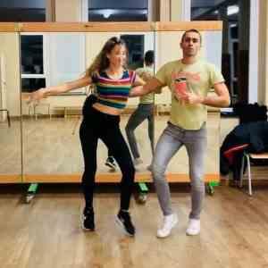 SALSALiege   Salsa class online.