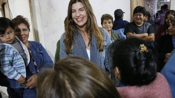 La diputada provincial por Salta, Bettina Romero, se refirió al acuerdo entre el exintegrante de Alternativa Federal y el mandatario nacional, Mauricio Macri - Fuente: Twitter Oficial Bettina Romero.