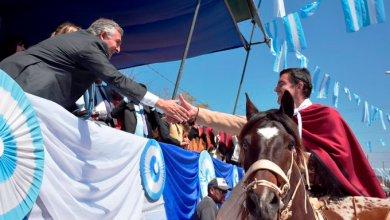 """Photo of Urtubey en los actos del Éxodo Jujeño: """"Es una de las gestas más importantes del continente"""""""