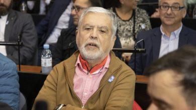 Photo of Julio De Vido cruzó a Santiago Cafiero por los «presos políticos»