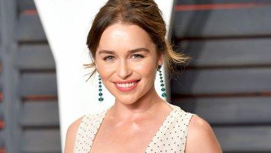 Photo of Esta es la razón por la que Emilia Clarke ya no se toma fotos con sus fanáticos