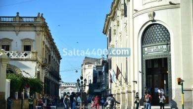 Photo of Los bancos abrirán sábado y domingo ante el colapso de personas