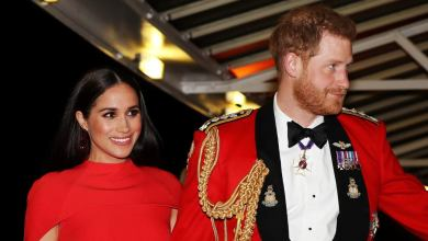 Photo of Meghan Markle y el príncipe Harry se despiden oficialmente de la realeza británica