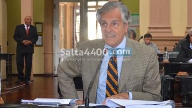 Photo of Durand Cornejo busca legalizar la importación de la hoja de coca en Salta