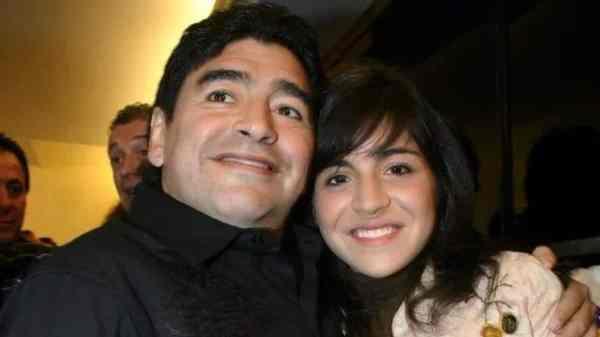 Diego y Gianinna Maradona