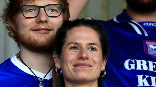 Ed Sheeran y su esposa