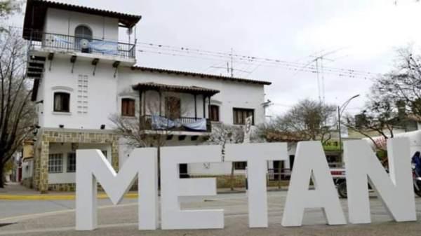 Metán