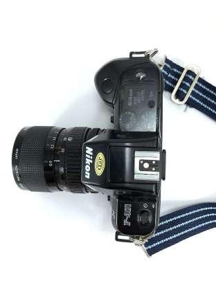 Nikon F401