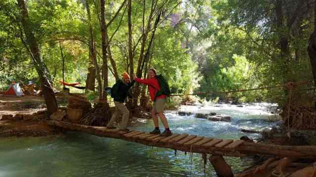 Hiking to Havasu Falls  tour