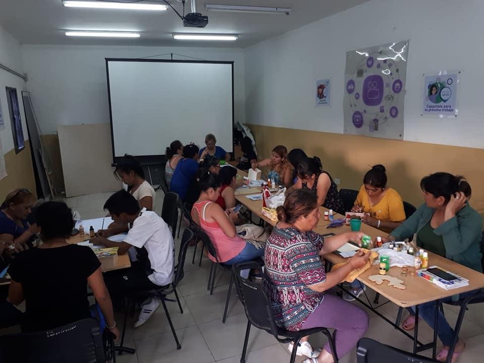 Cursos de depilación y masajes en el CIC de barrio Constitución