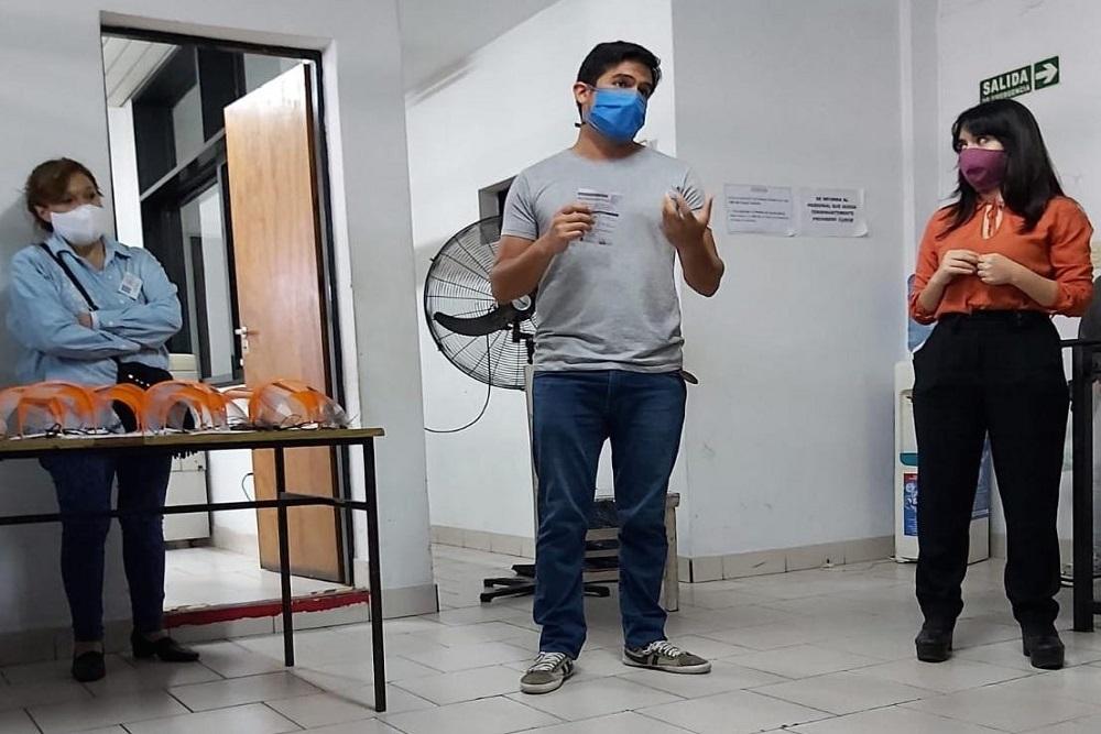 Un terciario de Vaqueros hizo máscaras 3D para agentes territoriales del Ministerio de Desarrollo Social
