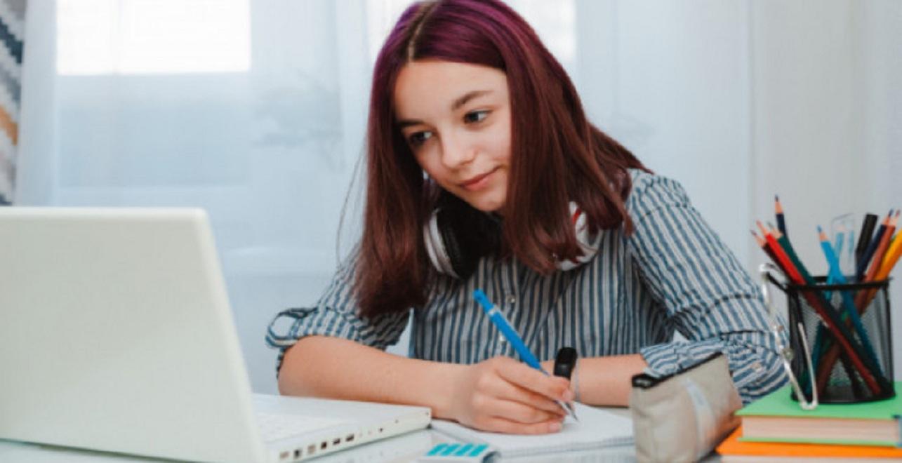 Capacitaciones virtuales para docentes y alumnos de escuelas técnicas