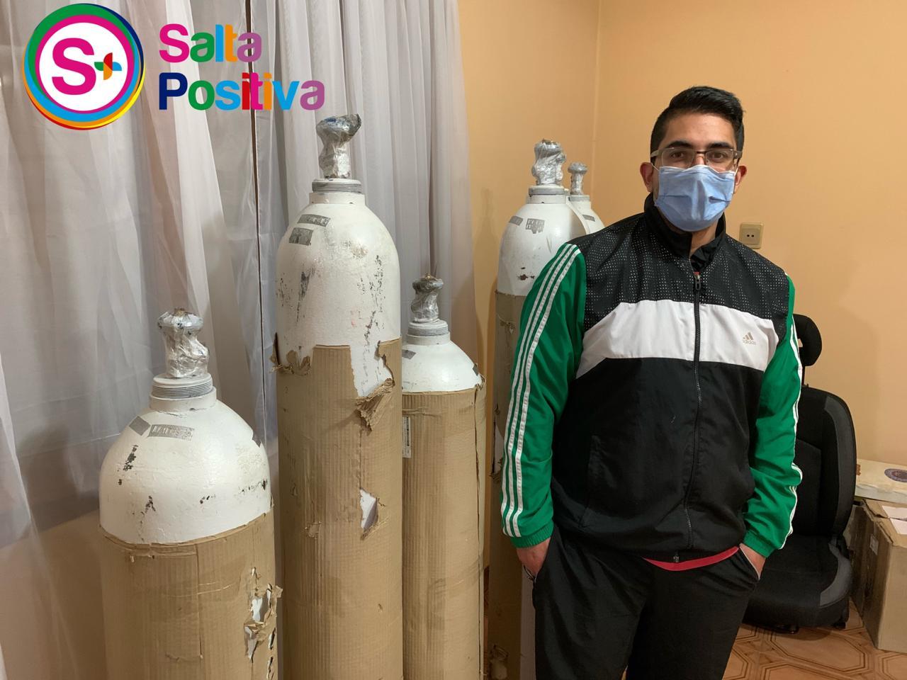 A través de una colecta solidaria, salteño logró comprar tubos de oxigeno