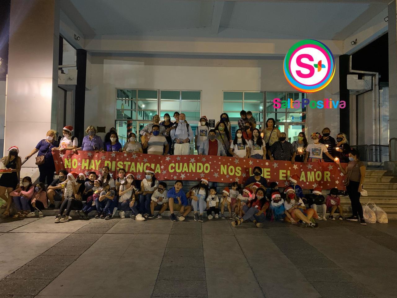 Fundación HOPe cantó villancicos a los niños de la sala de oncología infantil