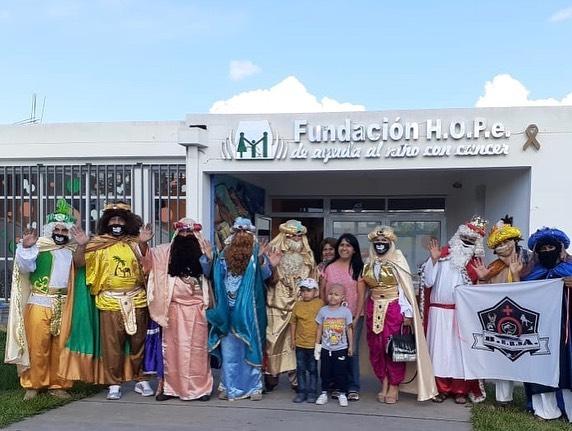 Via Redes Sociales, los Reyes Magos visitaron a los chicos de HOPe