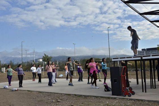 Clases de gimnasia en los Parques Urbanos