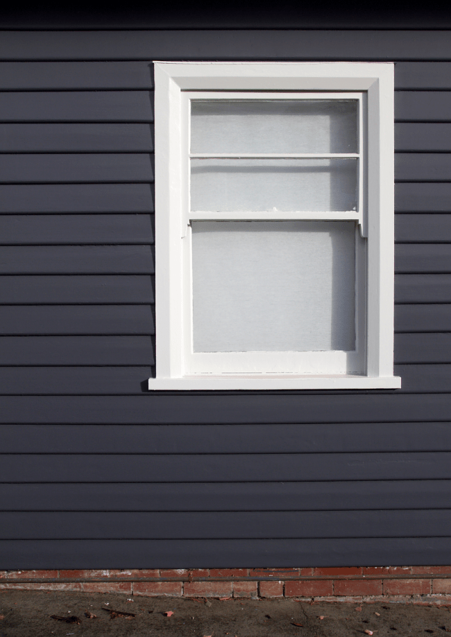 Painting dark weatherboards | Saltbush Avenue