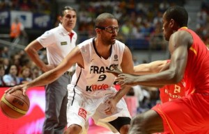 Tony Parker playing for France