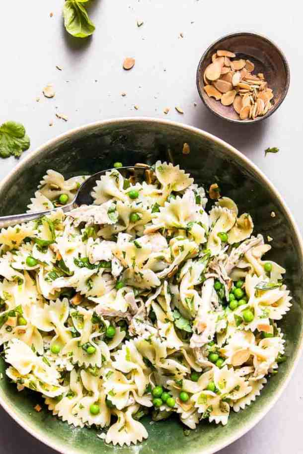 Zingy lemon chicken pasta salad. A quick and simple pasta salad that is perfect for healthy weeknight dinners.