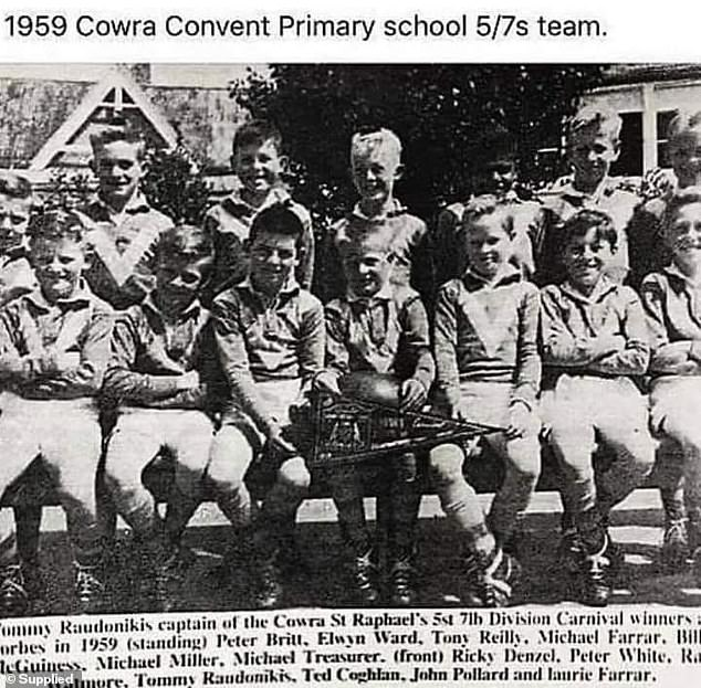 Tommy Raudonikis (front, centre) in his school team at Cowra Convent Primary, 1959