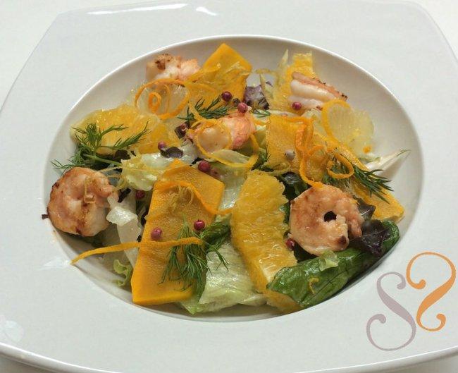 Salada cítrica com camarões…