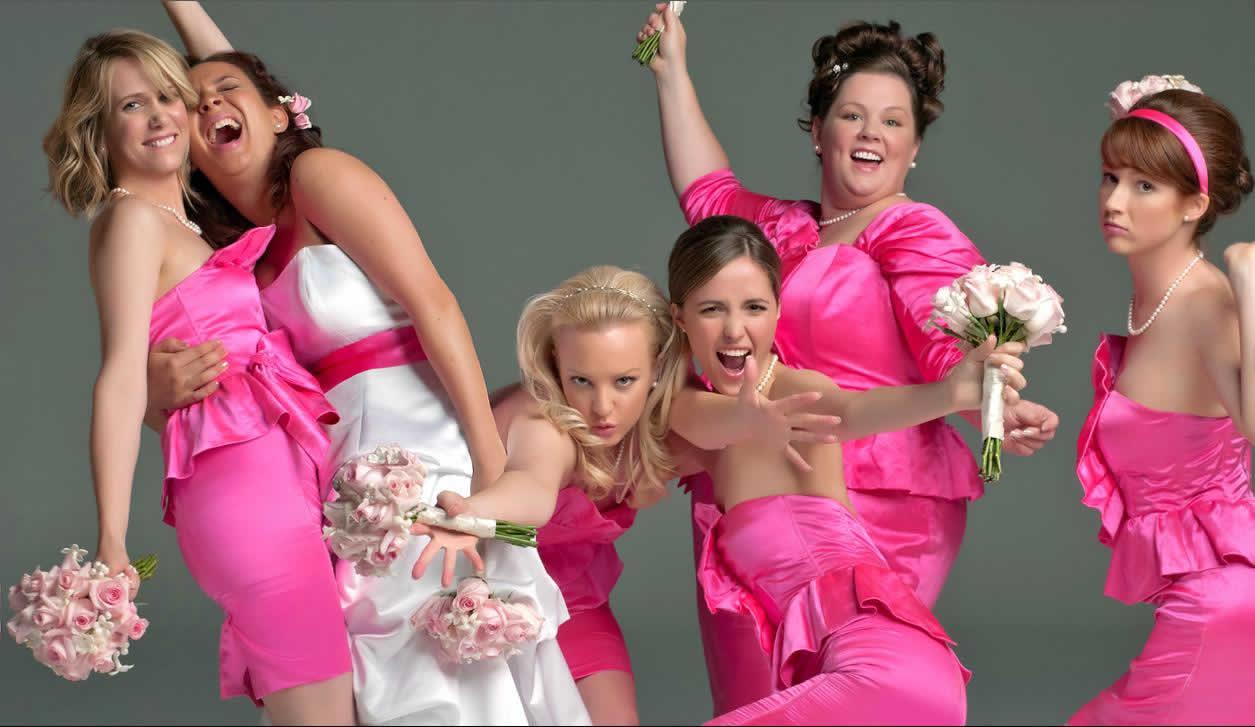Cómo elegir el mejor diseño para tus Damas de boda? – Saltimex Travel