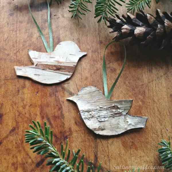 bich bird ornaments