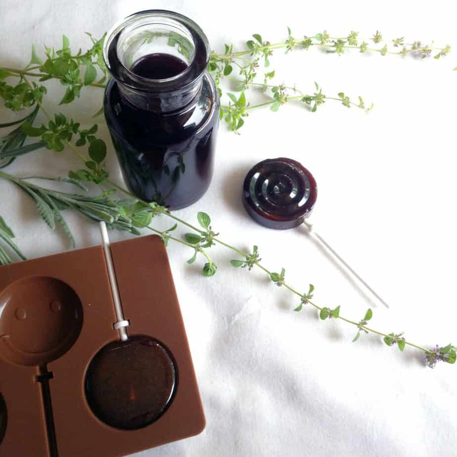 making lollipops with elderberry syrup