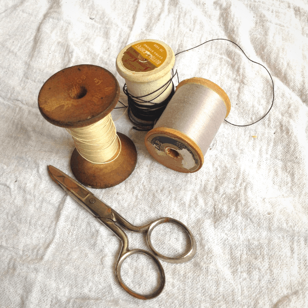 types of thread for a mending basket