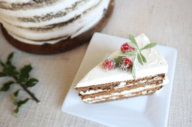 gingerbread spice cake with mascarpone frosting