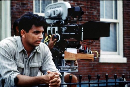 """M. Night Shyamalan,director de cine EEUU de origen indio, durante el rodaje de la película """"El sexto sentido"""""""