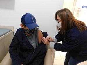 vacina-25..-300x224 Ampliada vacinação contra Covid-19 para pessoas de 25 anos ou mais