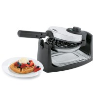 WM-1082-waffle-maker-with-plate-1