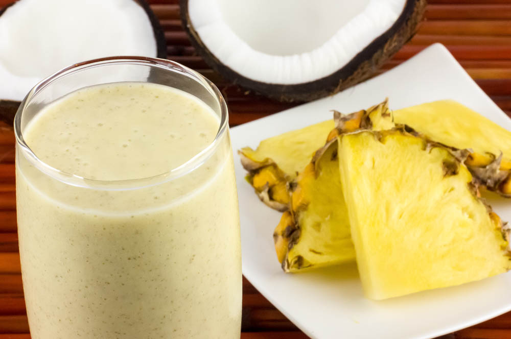 Pina-Colada-Smoothie-5-crop