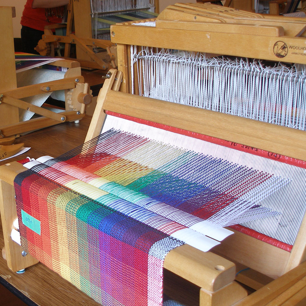 Weaving classes at the guild.
