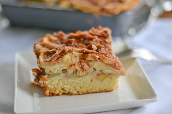 Apple Sour Cream Coffee Cake