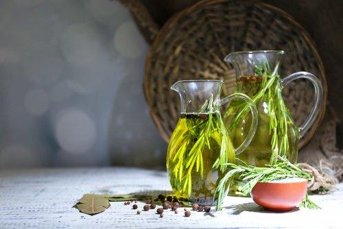 Efectos de una gota de aceite de orégano en el té