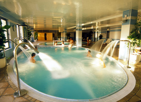 Hidroterapia Uso del agua caliente  SaludBio