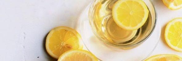 Beneficios De Beber Agua Con Limón En Las Mañanas