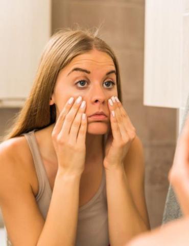 Cómo quitar las ojeras y las bolsas de los ojos