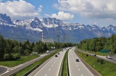 Во Франции предлагают ограничить скорость на автомагистралях до 110 км/ч.
