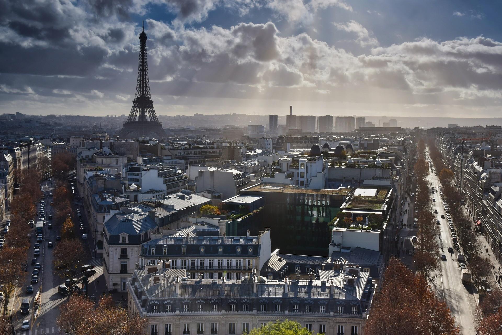 С 3 апреля карантинные меры против Covid 19 распространятся на всe регионы Франции.