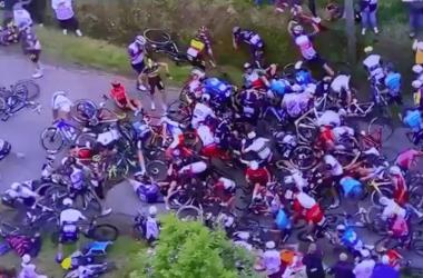 Виновница грандиозной свалки «Тур де Франс» объявлена в розыск.