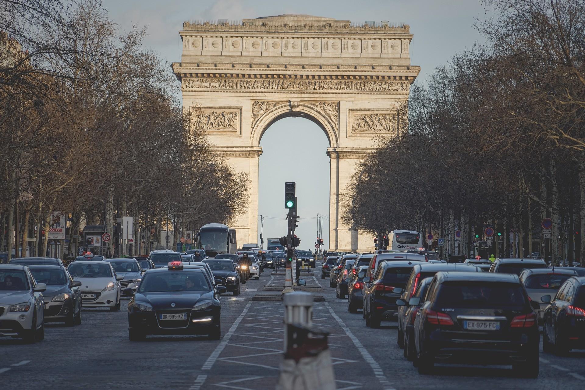 Суд над россиянином устроившим стрельбу в центре Парижа состоится 26 октября.